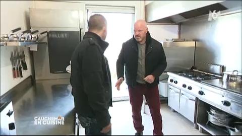 Gordon ramsay chasse le python avec son fils avant de le cuisiner vid o inthefame - Gordon ramsay cauchemar en cuisine ...