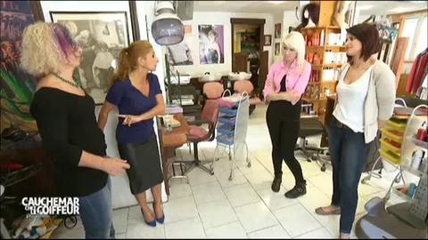 Sarah guetta agace une participante de cauchemar chez le for Salon sarah guetta