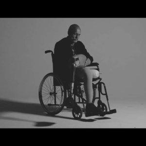 ZODIAC : clip Follow You