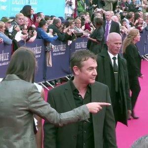 Michel Delpech : Louane lui rend hommage en musique, ses fans ravis sur Instagram (VIDEO)