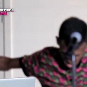 """Stromae et Coralie Barbier se confient sur """"Mosaert"""", leur ligne de vêtements (vidéo)"""