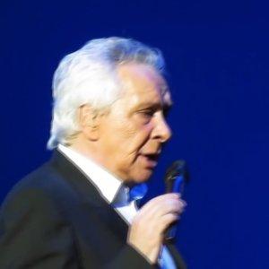 Michel Sardou arrête la chanson ! Une ultime tournée et un dernier album prévus cet été (vidéo)