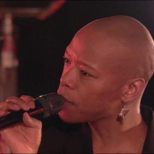 "Nakhane – ""Interloper""  (Live) – Album de la Semaine – CANAL+"